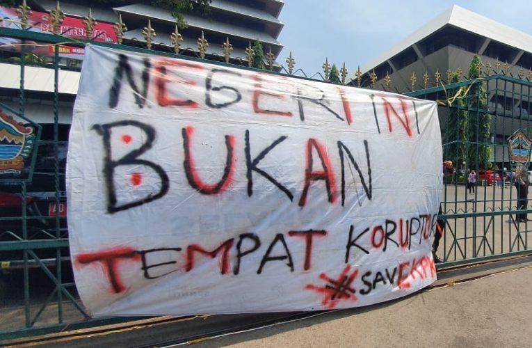 Aksi Damai Tolak RKUHP Semarang Raya