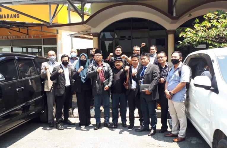 Puluhan Advokat Alumni Unissula Mendatangi Kantor Polrestabes Kota Semarang